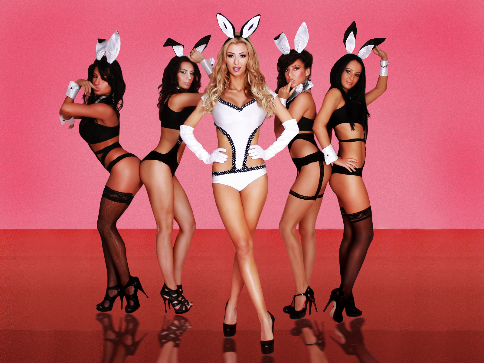 andreea balan   bunny show 2